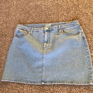 Lightwash Jean Mini Skirt